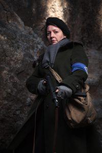 Retrato de recreación histórica. Maquis Segunda Guerra Mundial WWII. Mujer maquisard